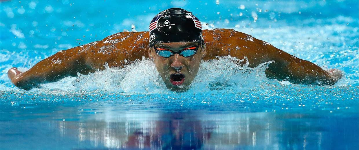 Michael Phelps swims butterfly. (Getty Images)